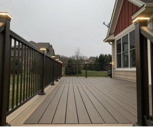 Railing option for deck builders - Deck City